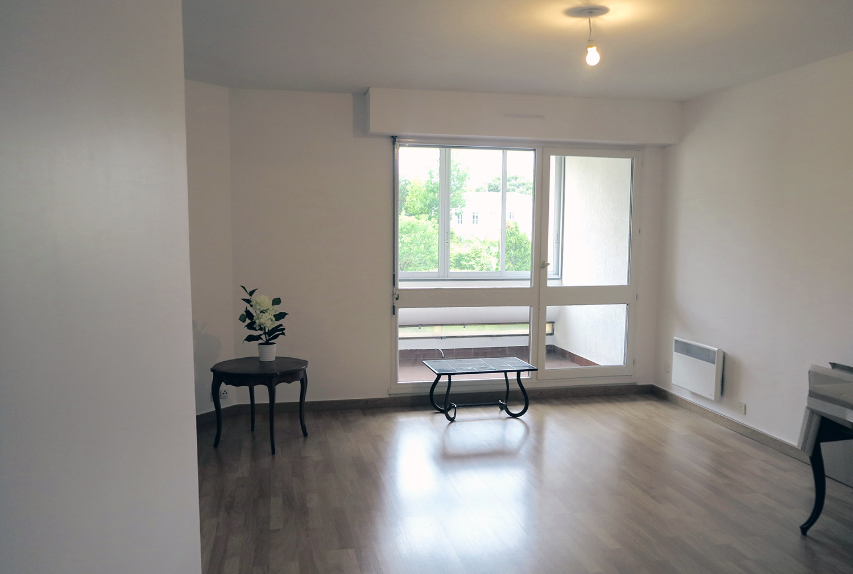 appartements t2 t3 vendre la rochelle maison de retraite le bois dor. Black Bedroom Furniture Sets. Home Design Ideas
