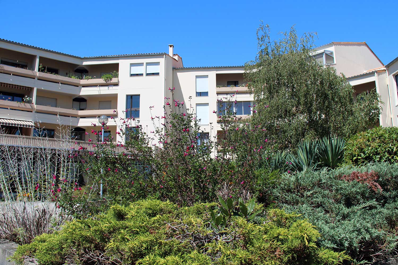 Photos r sidence le bois dor cat gorie c t jardin for Jardin residence