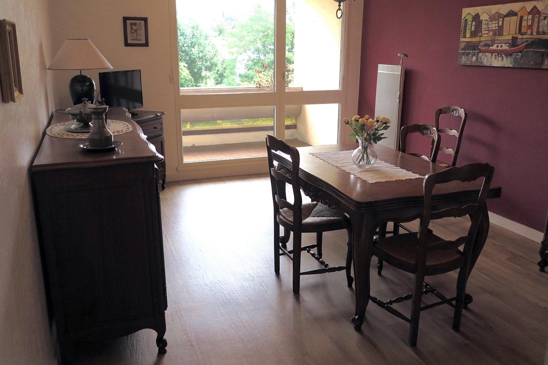 appartements t2 t3 vendre la rochelle maison de retraite. Black Bedroom Furniture Sets. Home Design Ideas